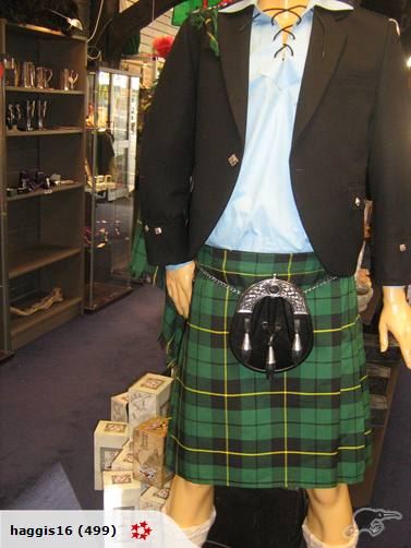 Hamish looking smart in a Wallace kilt, and Argyle jacket.